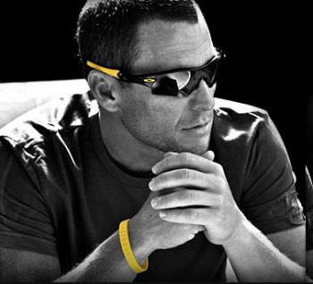 oakley-lance-armstrong-1